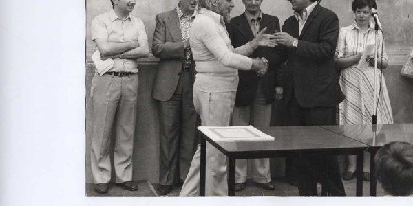 1975 – 13° Premio Bice Bugatti – Archivio foto LAP – premiazione – viviani e sindaco Fedeli