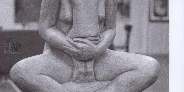 1983 – 17° Premio Bugatti e Mostra Anni Trenta – foto di F. Papa ARCI – Archivio foto LAP – 06 – scultura Scalvini donata al Comune